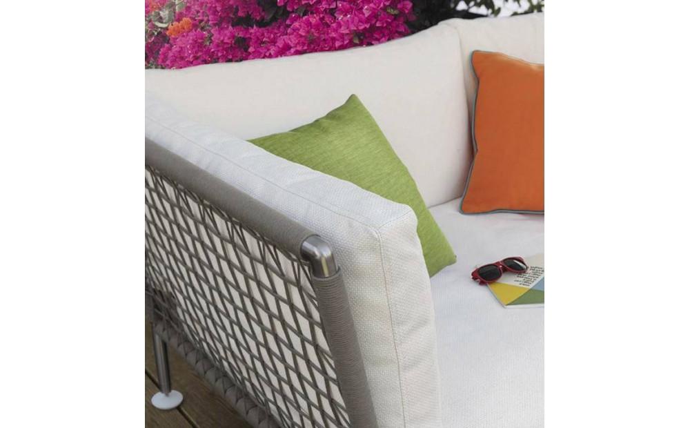 Coro Nest 90 Sofa 2100 x 1075 x 790 mm mit Stabrücken abnehmbarer Stoffbezug Rahmen Edelstahl satiniert