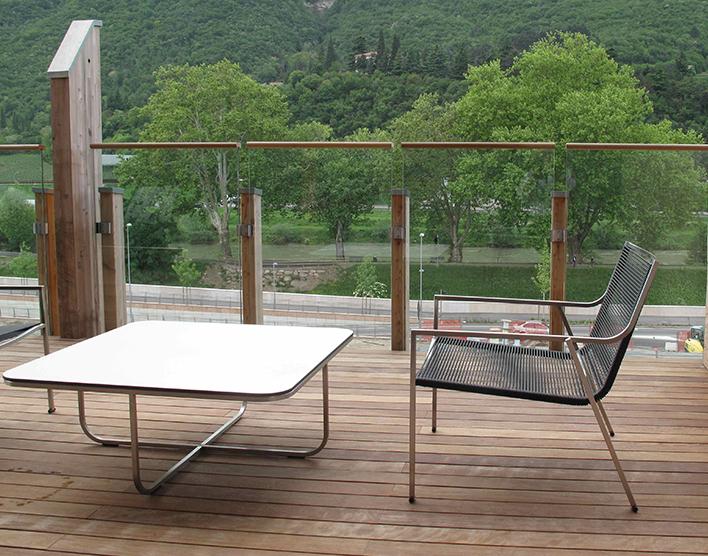 Coro SG1 P Stuhl PVC Geflecht 3 oder Acryl 6 mm Rahmen Edelstahl satiniert stapelbar