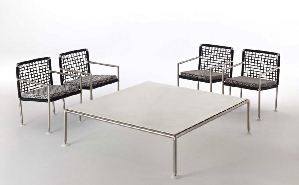 Coro Nest Outdoor Lounge Tisch quadratisch 140cm Tischplatte Stein weiss Rahmen Edelstahl satiniert